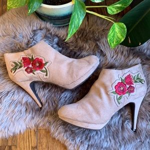 Impo Ornare Floral Boho Embroidered Zip Booties 10